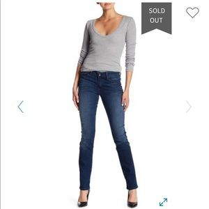 Level 99 Lily Skinny Straight Jeans STRETCH  Y013